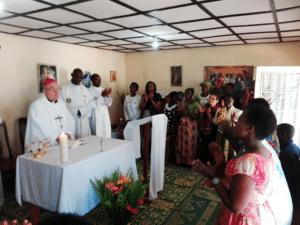 La s. Messa nella cappella di Kabarondo